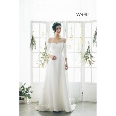 心型一字領七分袖緞面婚紗 W440